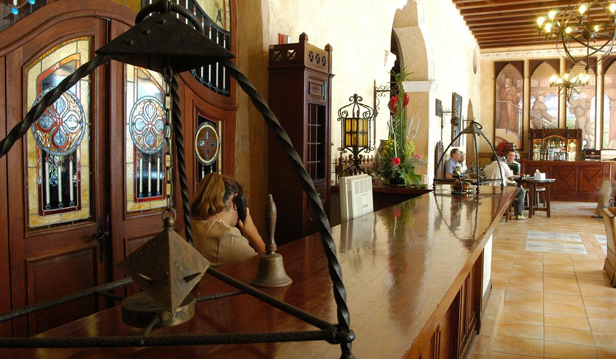 Hotel Los Frailes - Desk