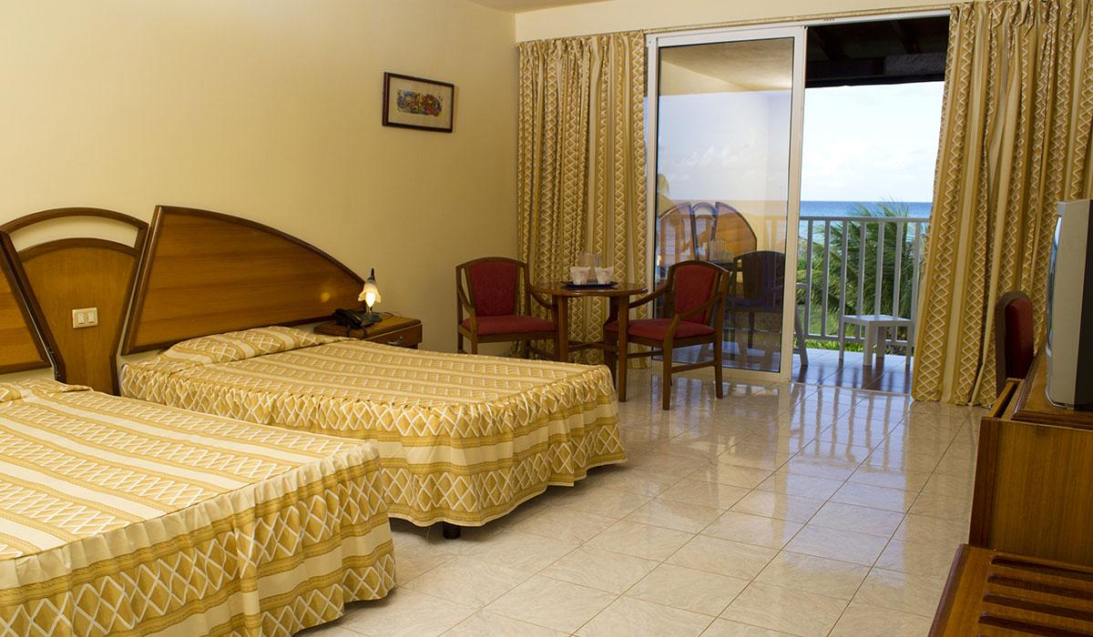 Hotel Brisas Covarrubias - Habitación