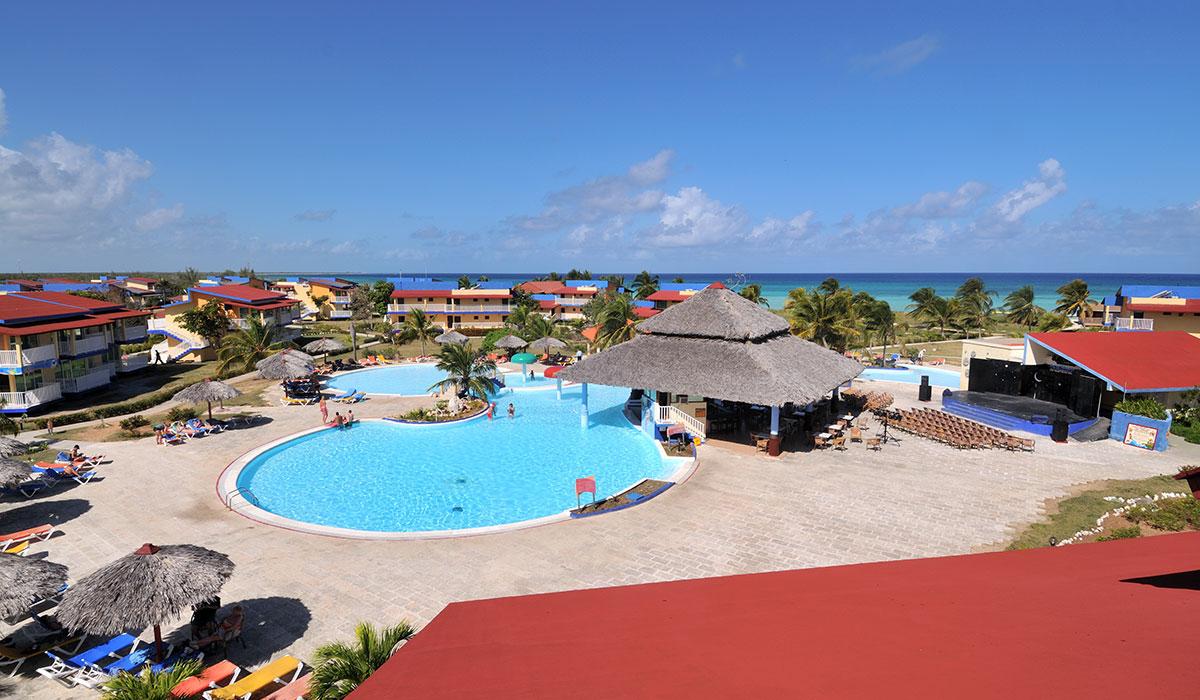 Hotel Brisas Covarrubias - Pool