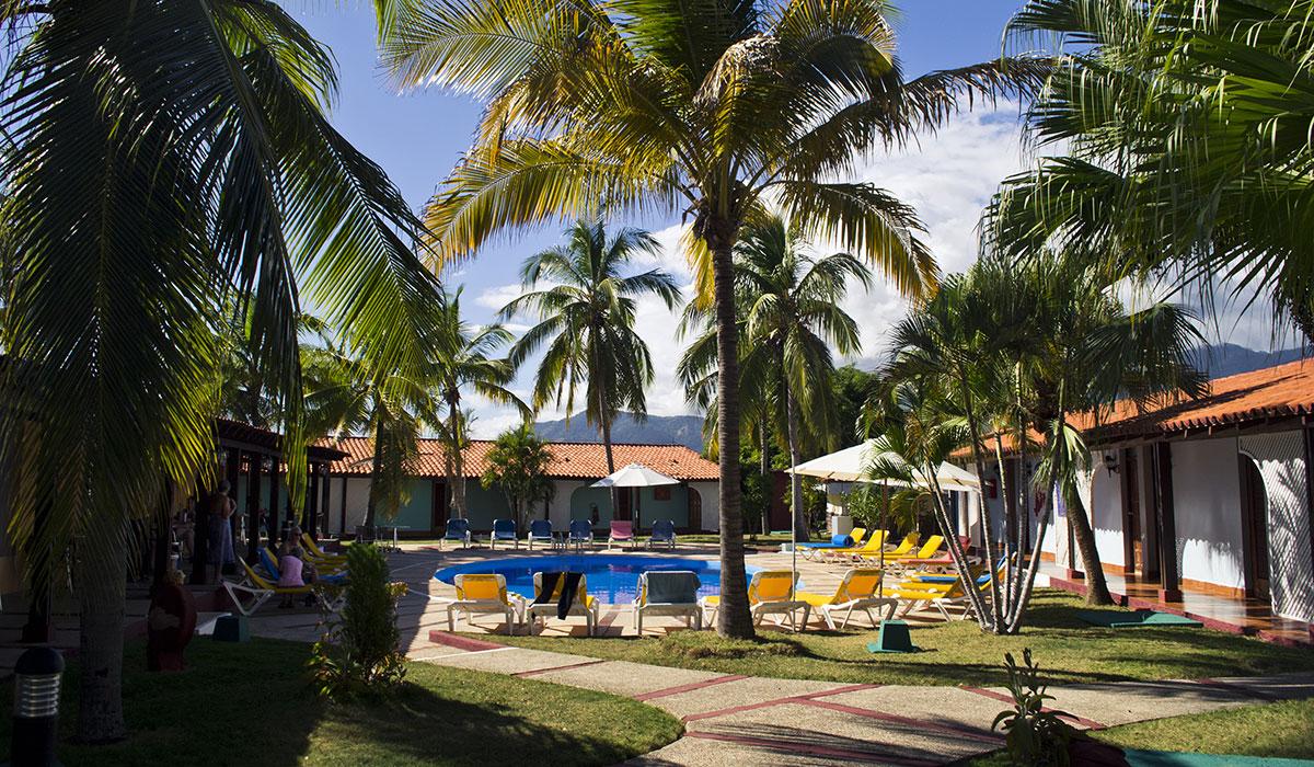 Hotel Brisas Sierra Mar Los Galeones - Piscina