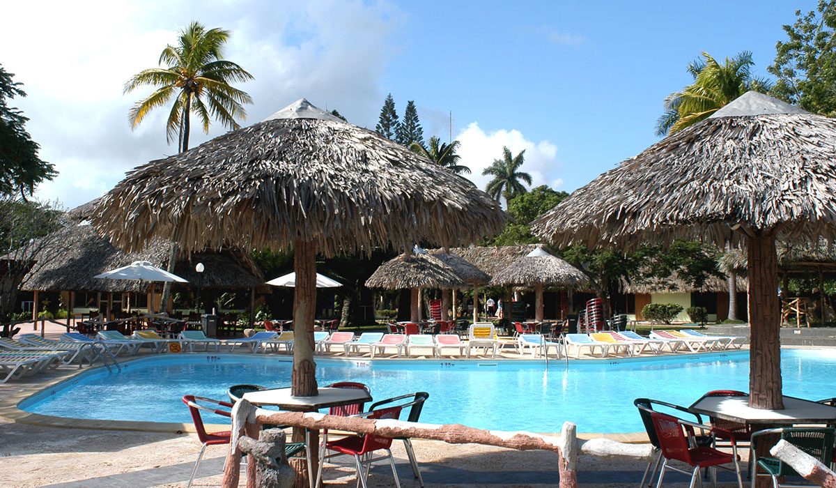 Hotel Horizontes Los Caneyes - Piscina