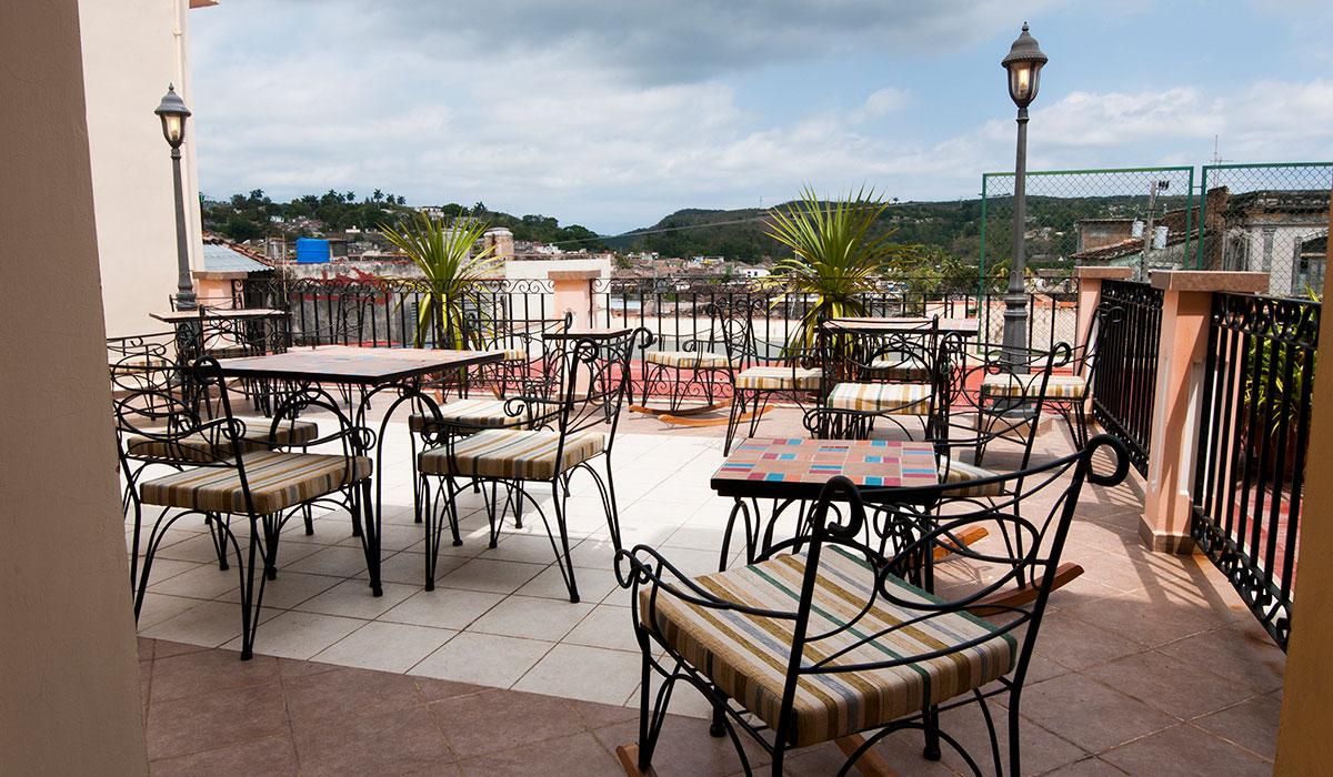 Hotel Encanto Velasco - Terrace