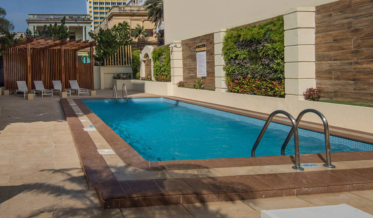 Hotel NH Victoria - Pool