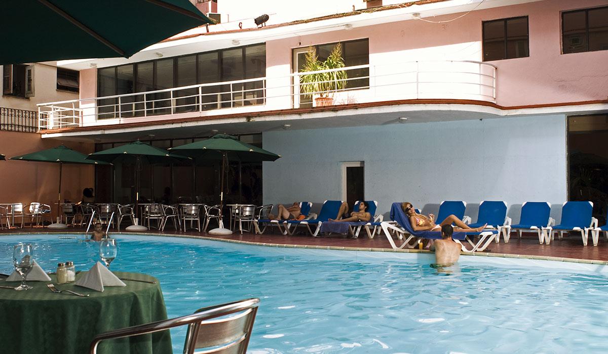 Hotel Vedado - Piscina