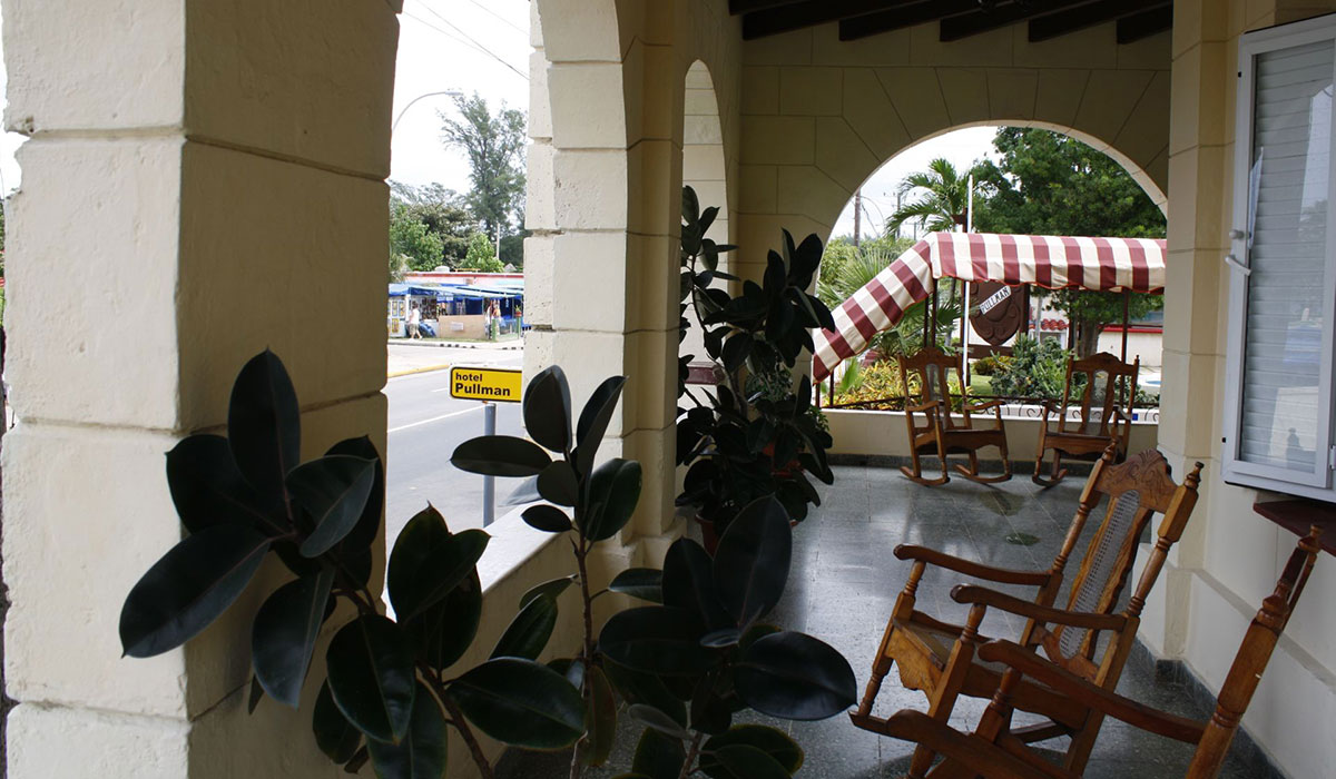 Hotel Pullman - Entrance