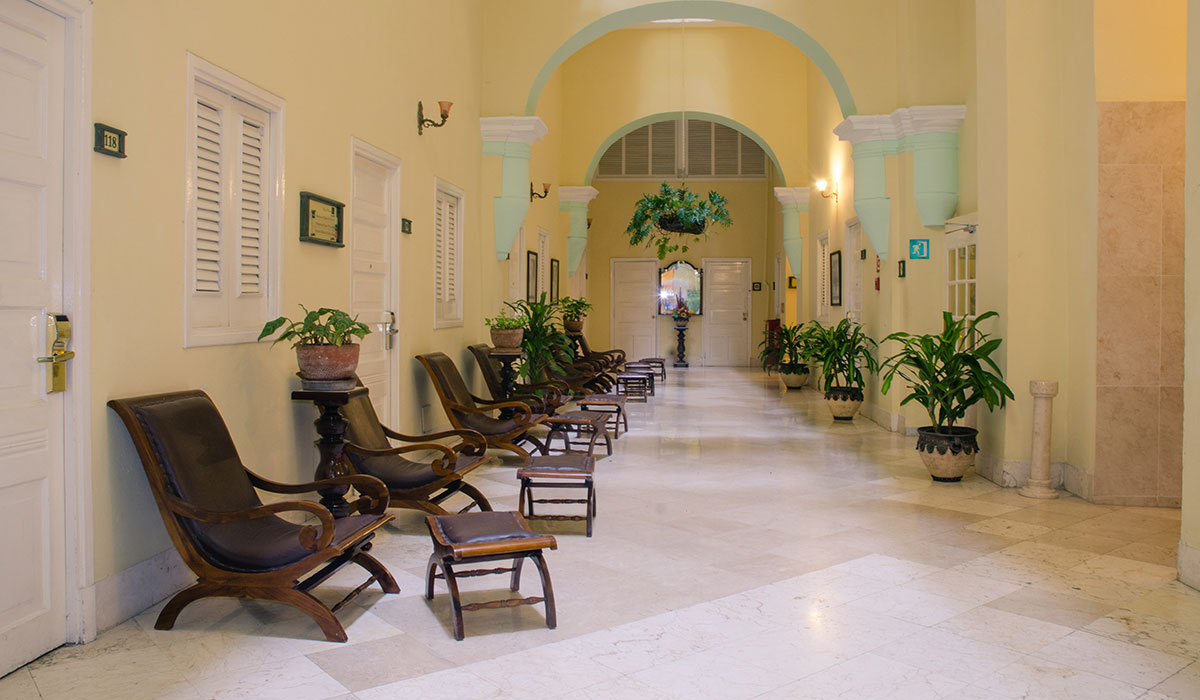 Hotel Inglaterra - Living Room