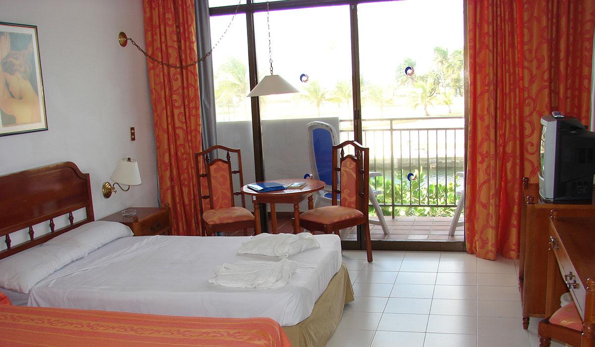 Hotel Club Acuario - Room