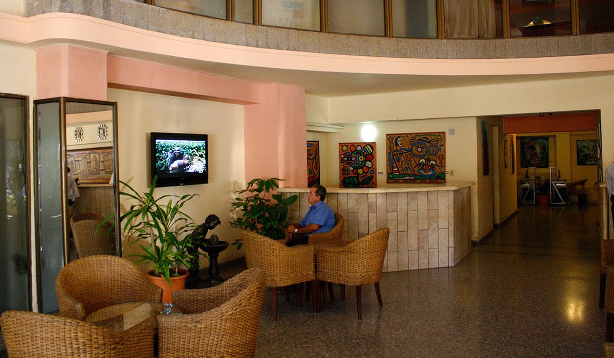 Hotel Colina - Lobby