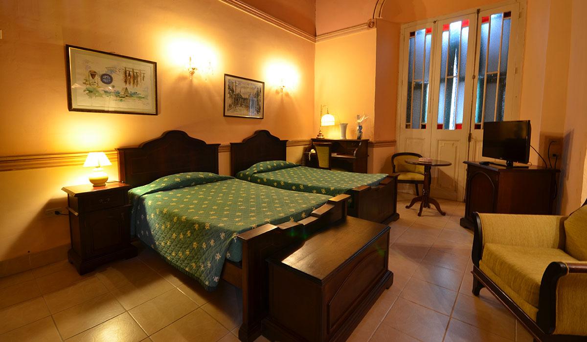 Hotel Conde de Villanueva - Habitación