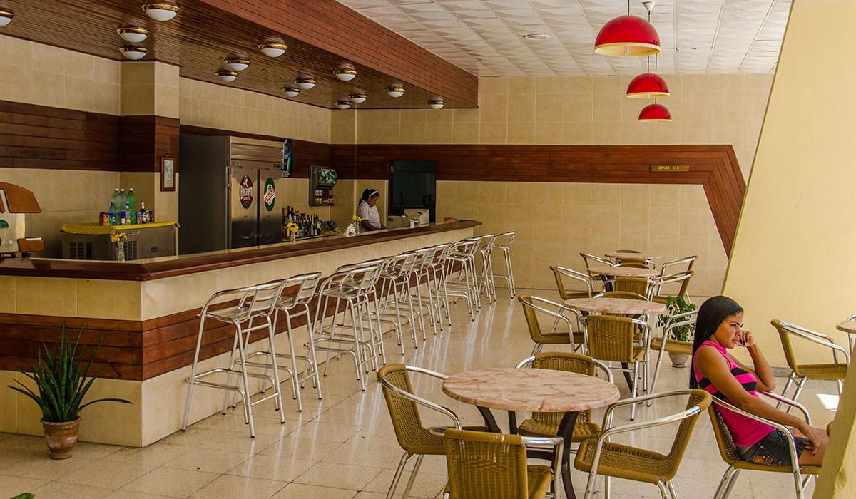 Hotel Sierra Maestra - Bar