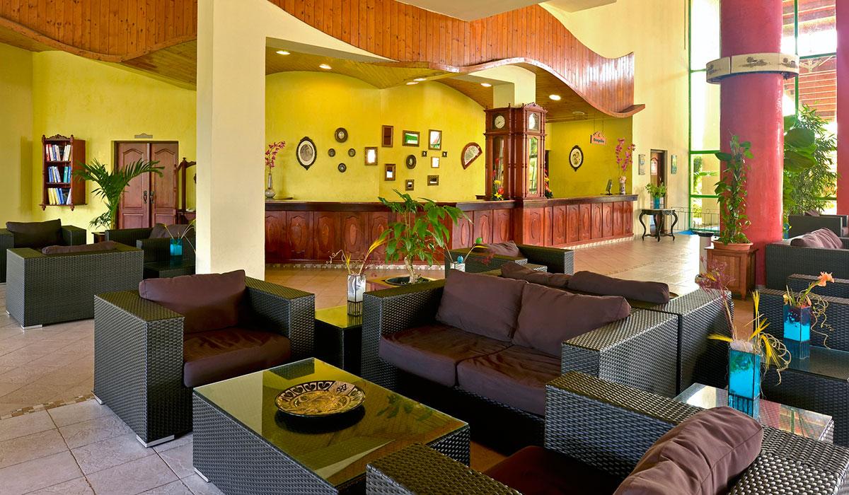 Hotel Iberostar Tainos - Lobby