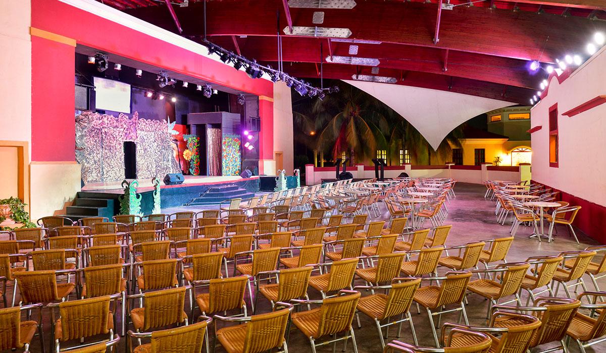Hotel Iberostar Playa Alameda - Teatro de animación