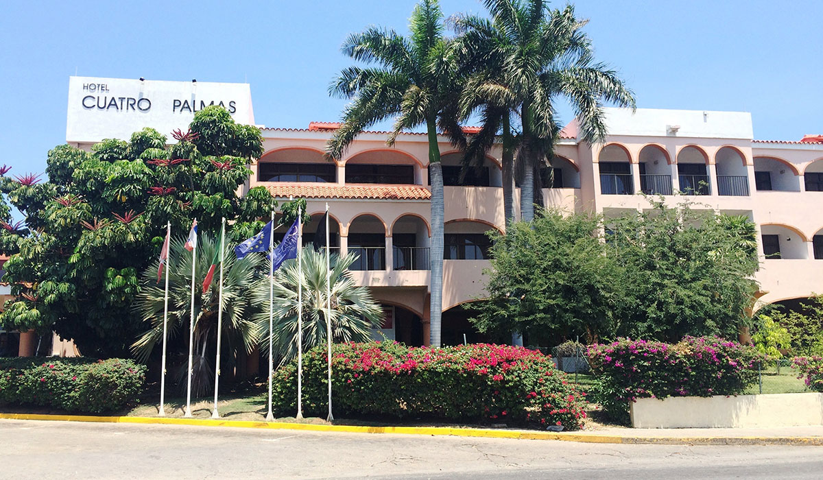 Hotel Starfish Cuatro Palmas - Fachada
