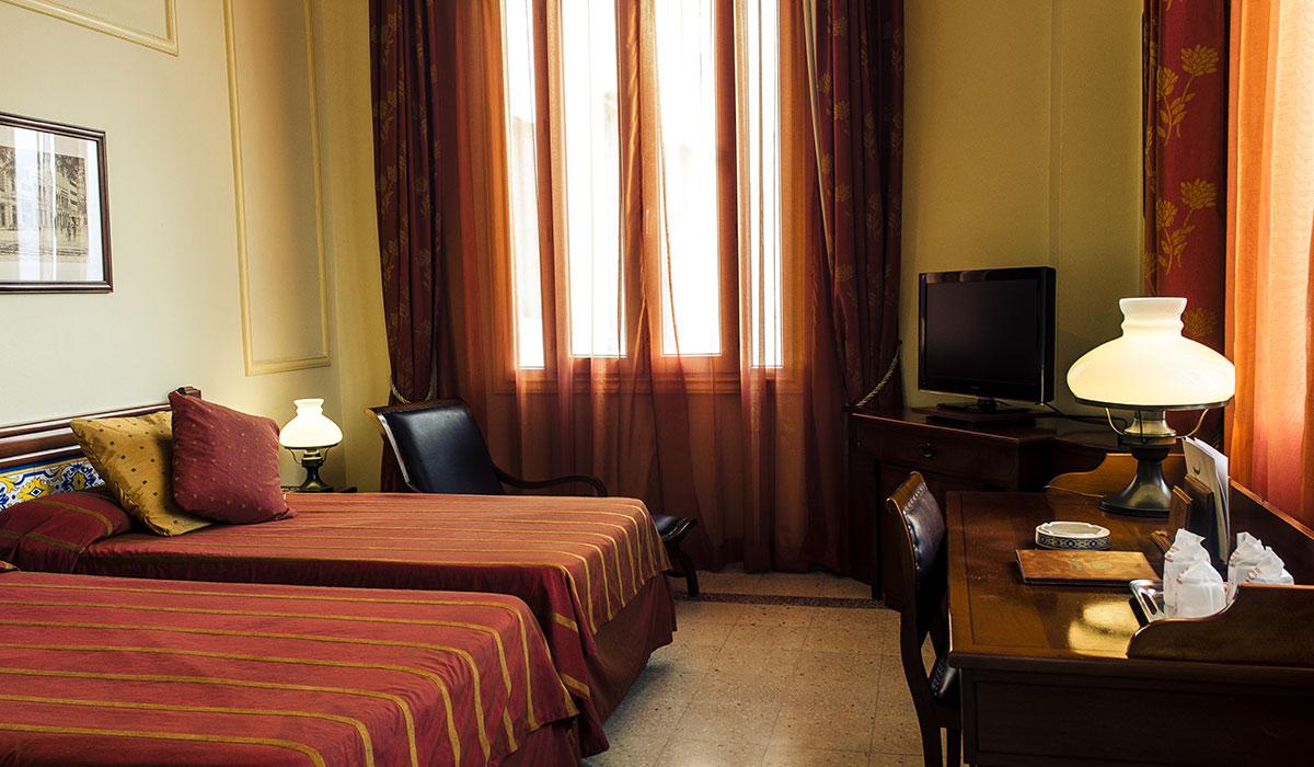 Hotel Mercure Sevilla - Room