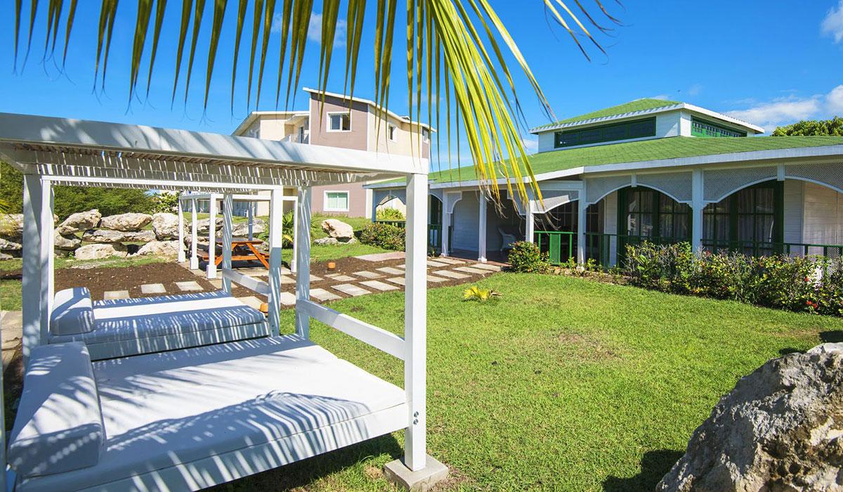 Hotel Playa Coco - Garden