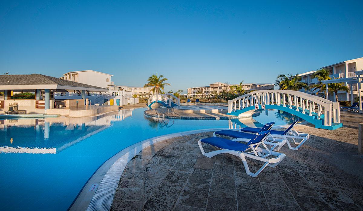 Hotel Playa Coco - Pool