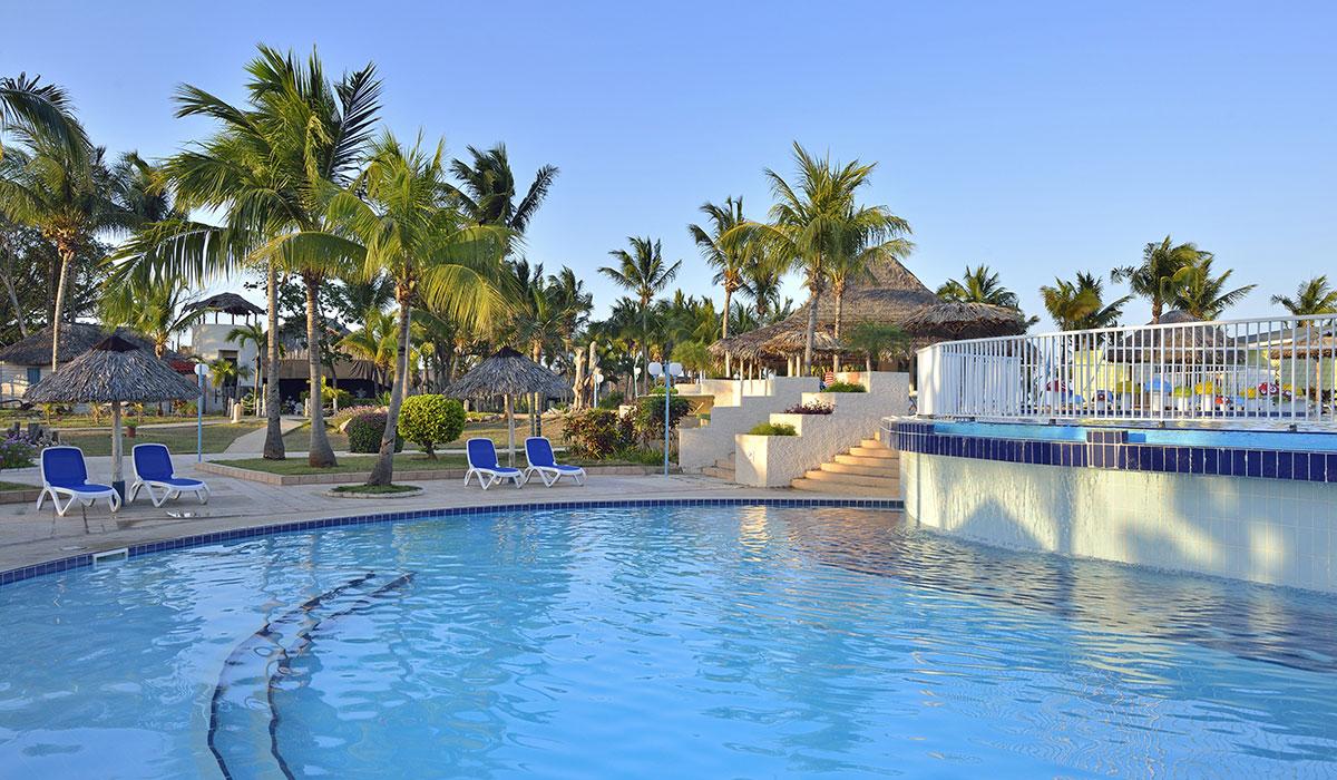 Hotel Sol Cayo Coco - Piscina