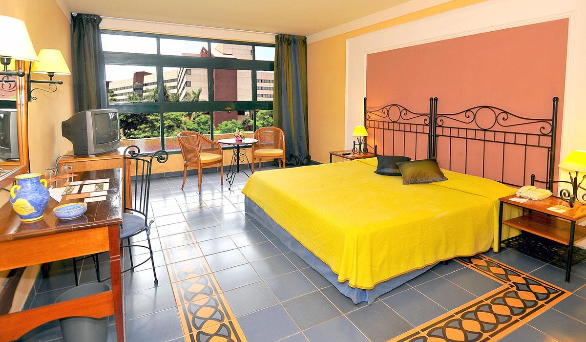 Hotel Starfish Montehabana - Room