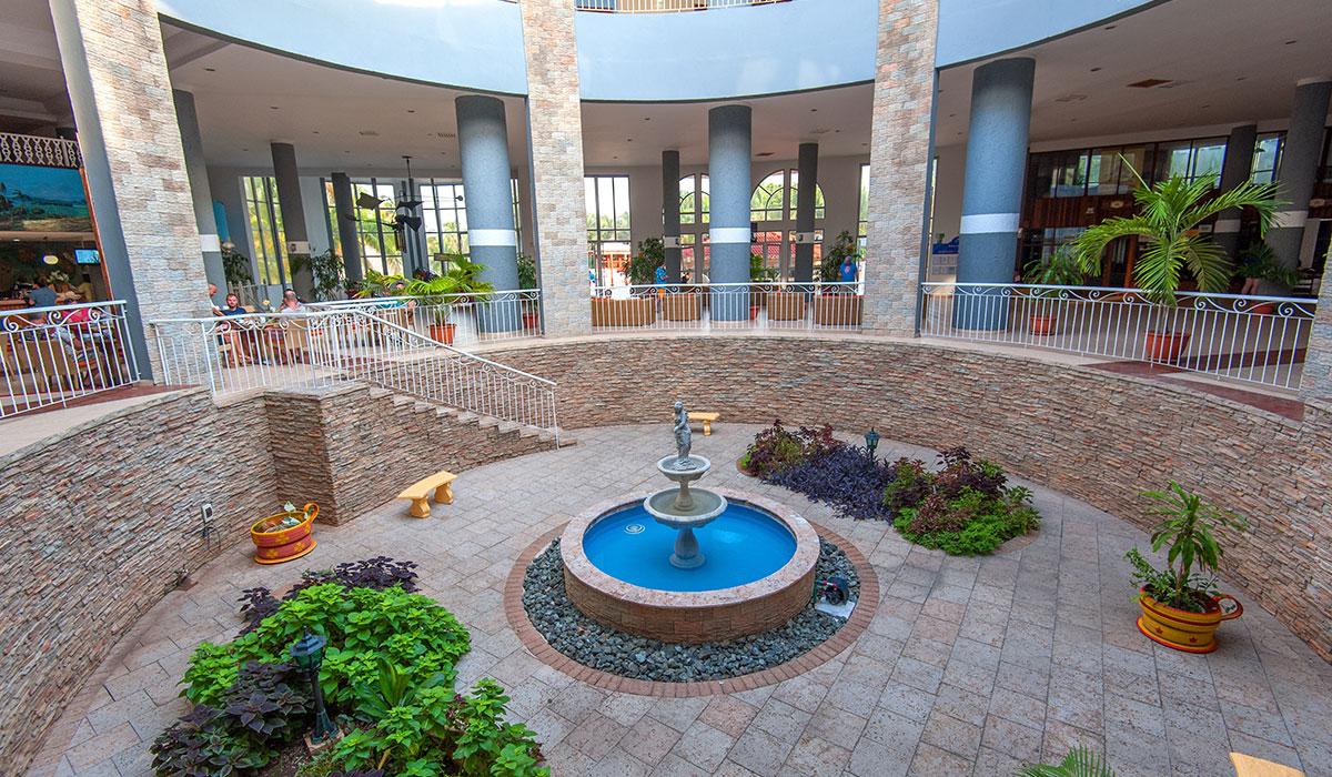 Hotel Brisas del Caribe - Recepción