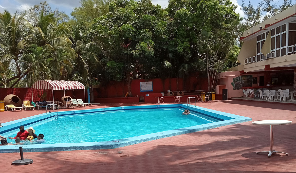 Hotel Camagüey - Piscina