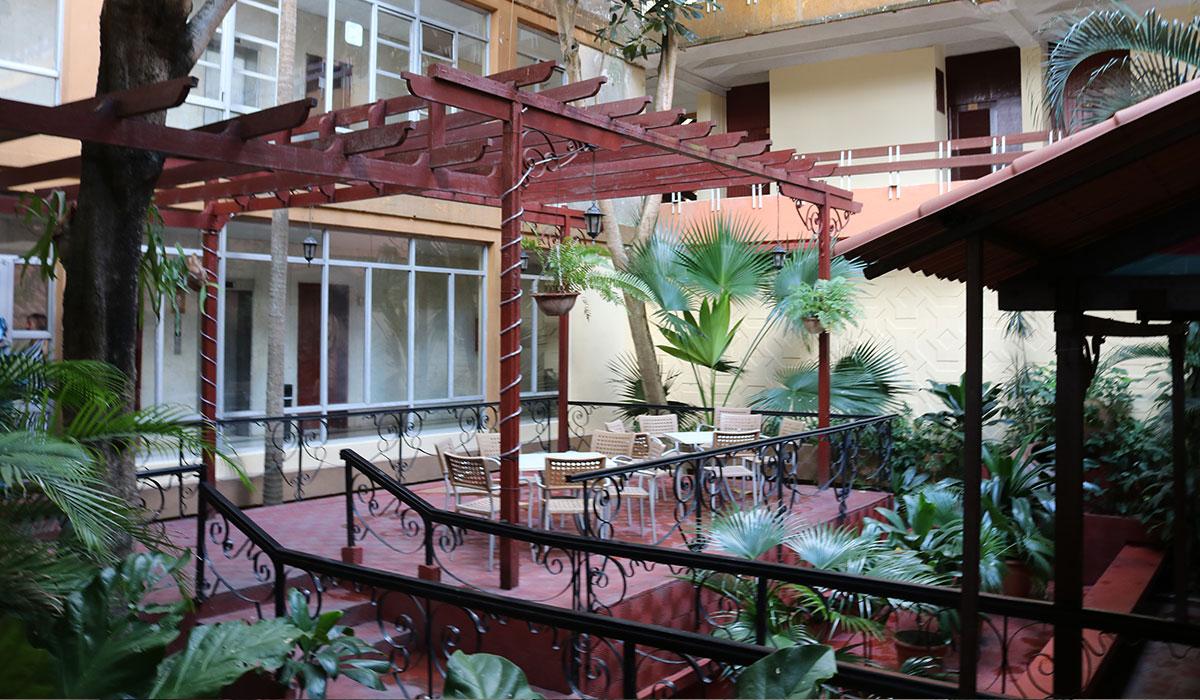 Hotel Camagüey - Terrace