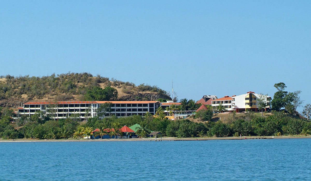 Hotel Club Amigo Marea del Portillo - View from the sea