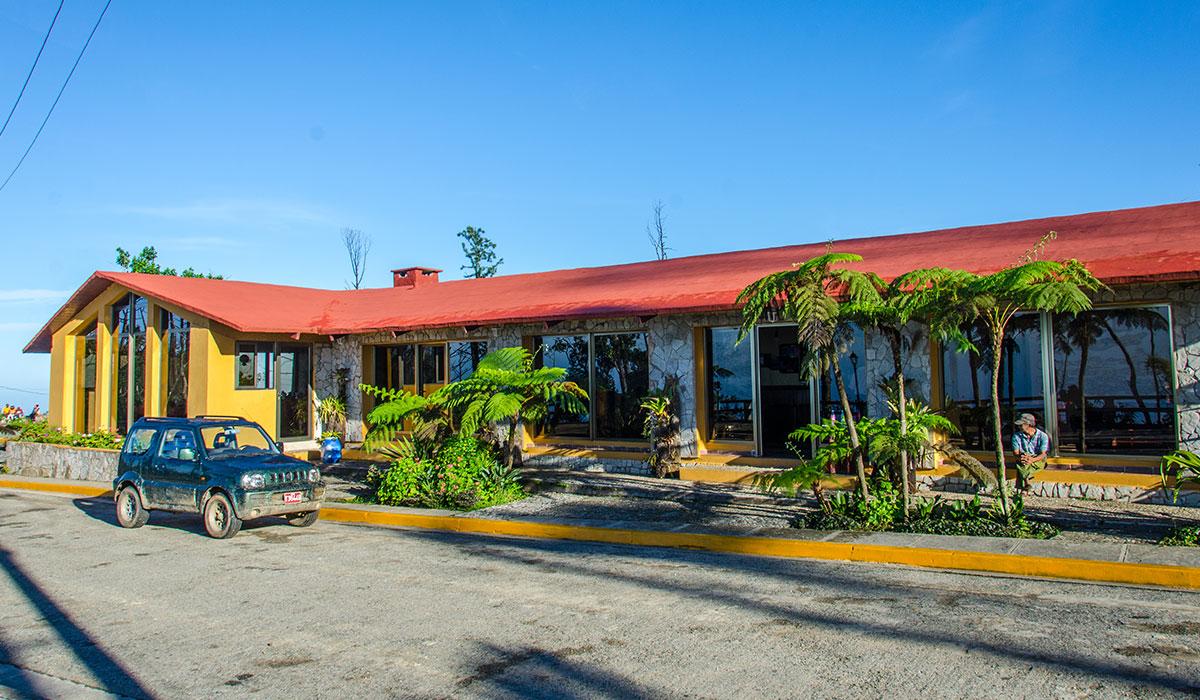 Hotel Gran Piedra - Entrance