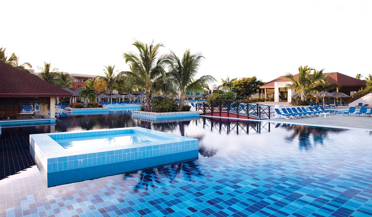 Hotel Grand Memories Varadero - Piscina