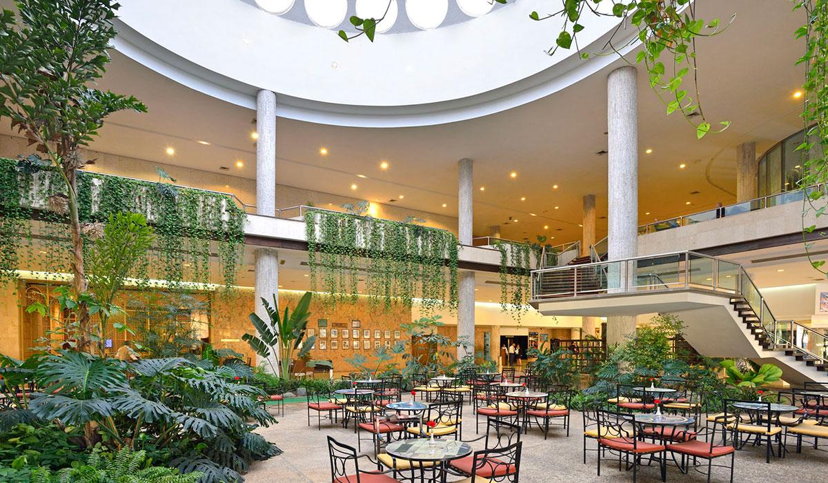 Hotel Tryp Habana Libre - Lobby