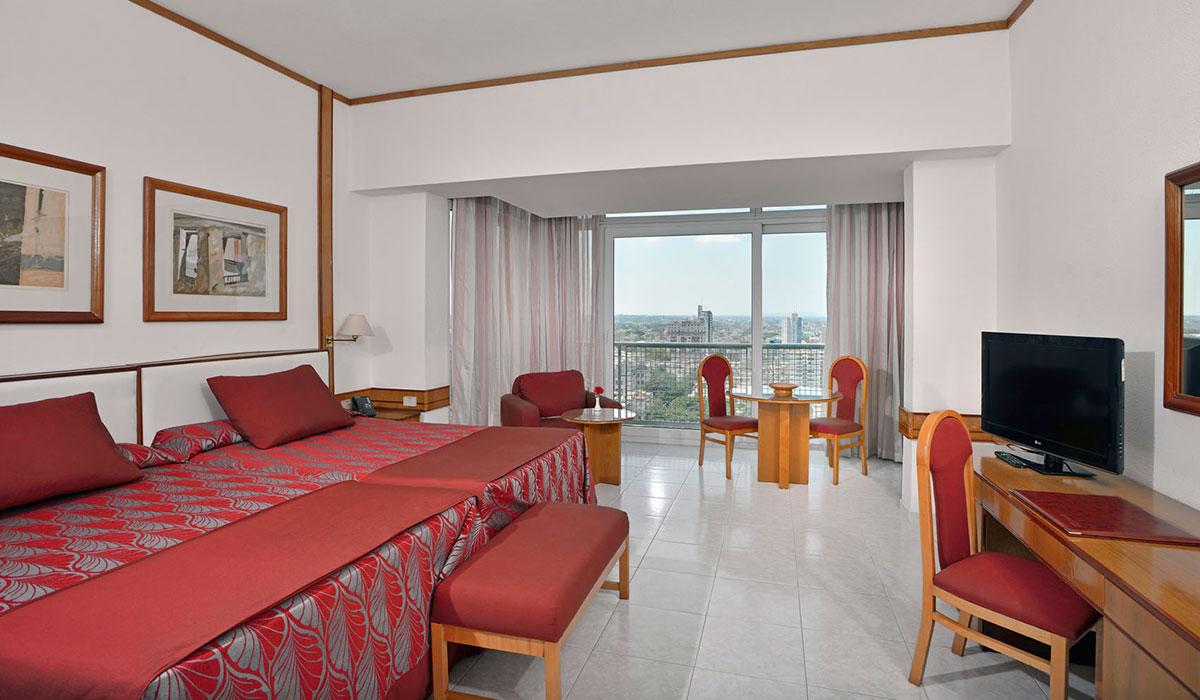 Hotel Tryp Habana Libre - Habitación