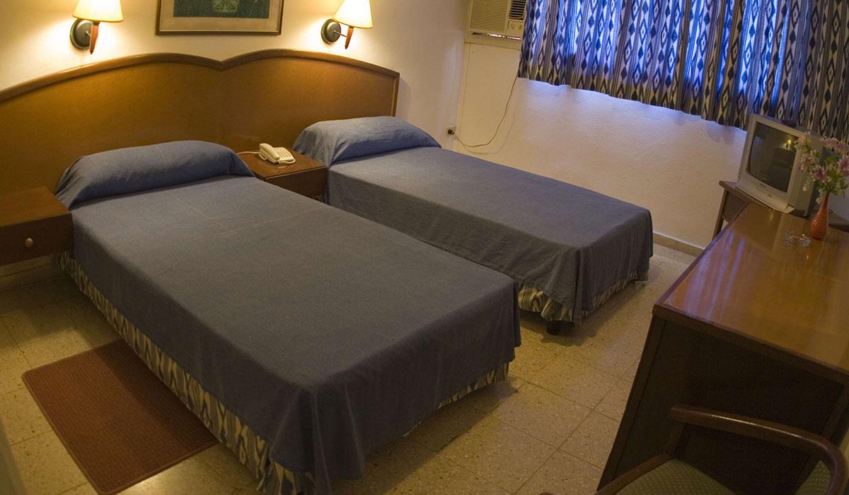 Hotel Mar del Sur - Room
