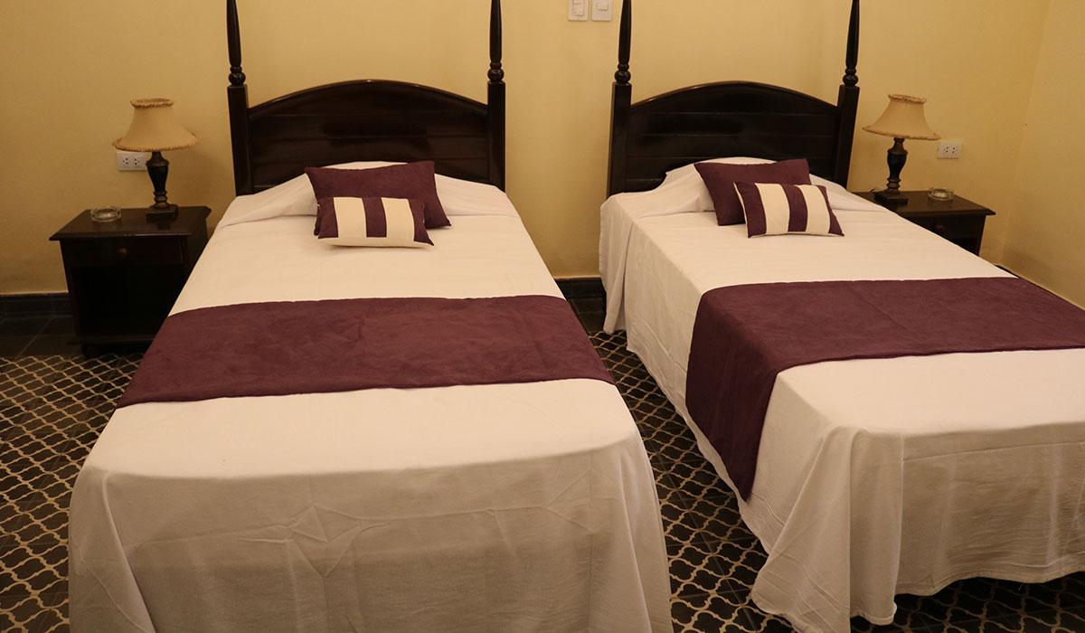 Hotel Plaza Camagüey - Room