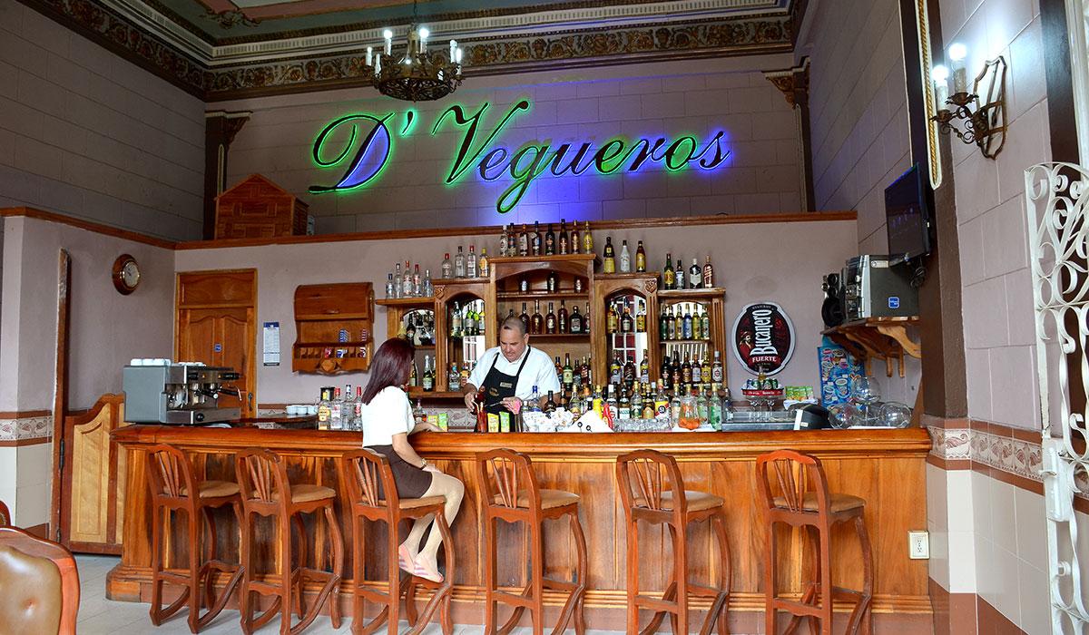 Hotel Vueltabajo - Bar