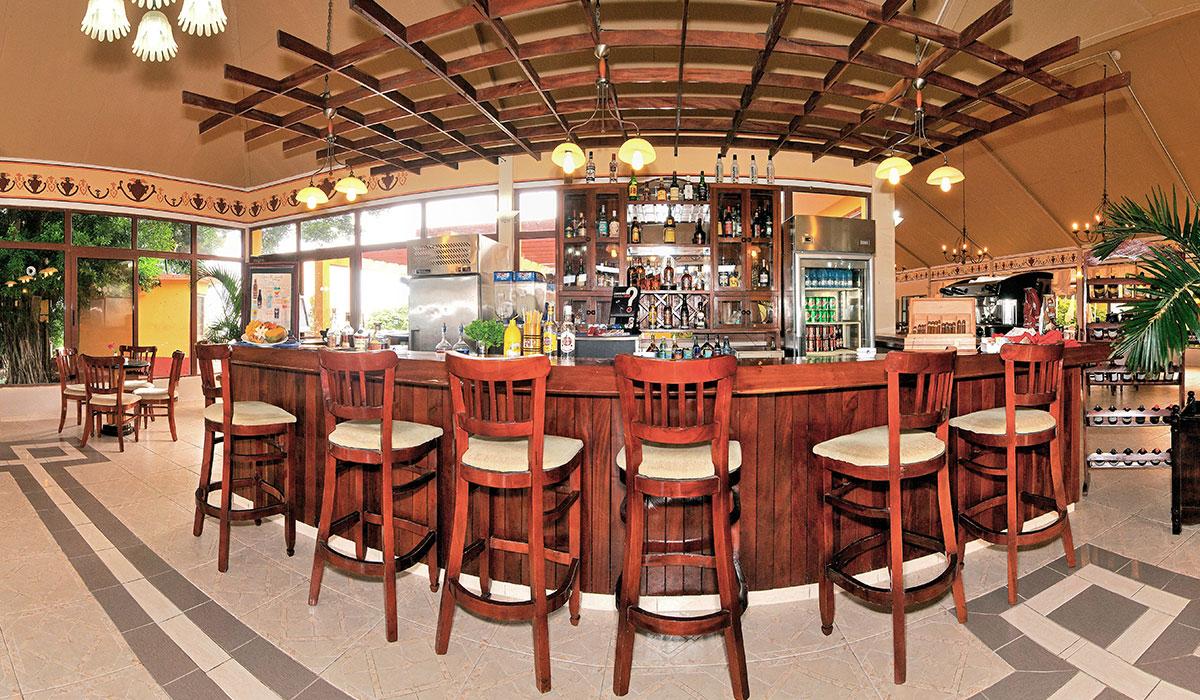 Hotel Cubanacán Las Cuevas - Bar