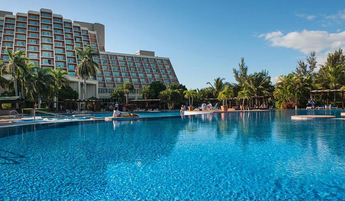 Hotel Blau Varadero - Piscina