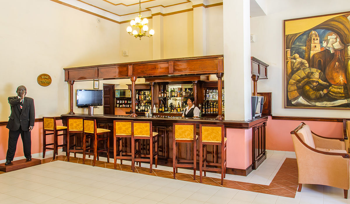 Hotel Encanto Royalton - Bar