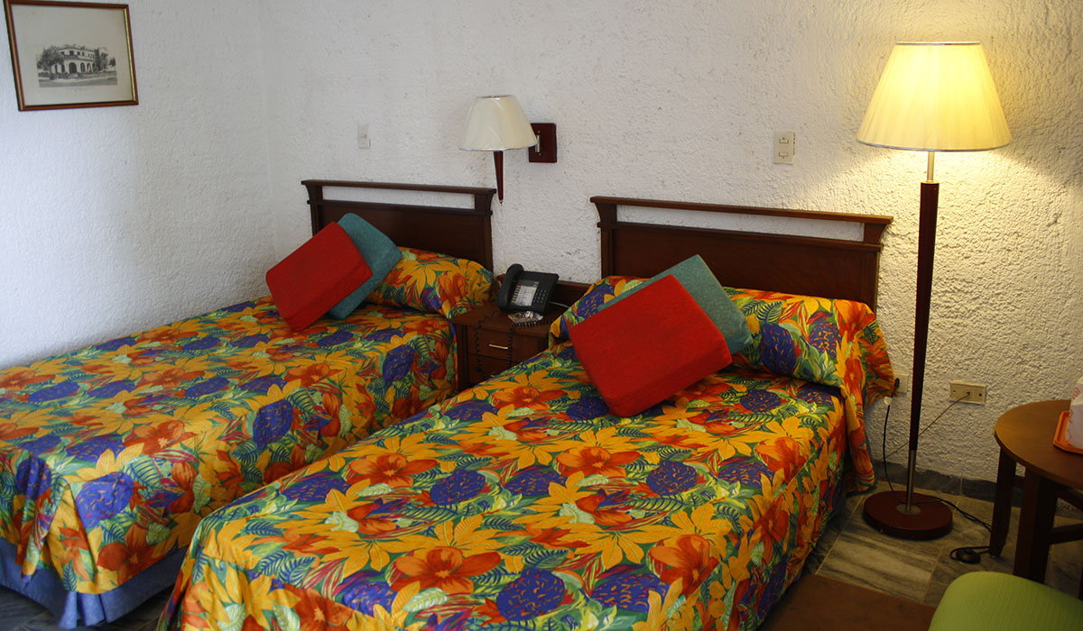 Hotel Club Tropical - Habitación