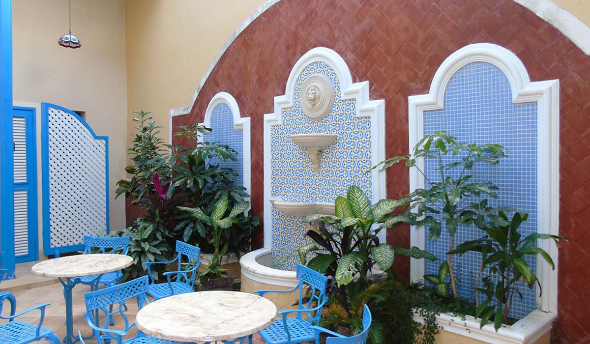 Hotel Encanto Mascotte - patio interior