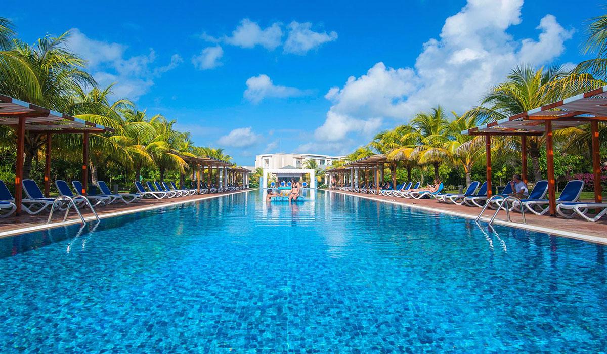 Hotel Playa Cayo Santa María - Pool