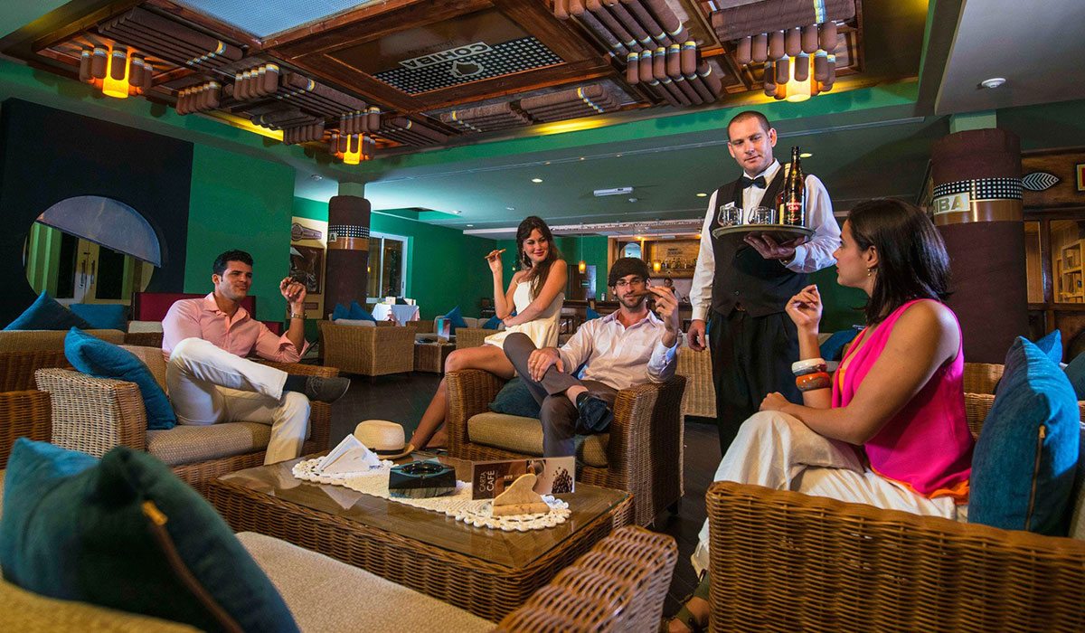 Hotel Playa Cayo Santa María - Bar