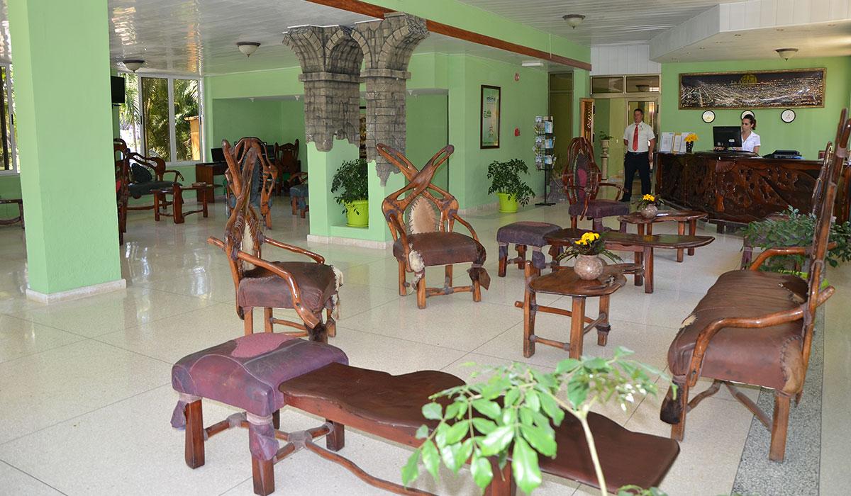 Hotel El Bosque Holguín - Lobby