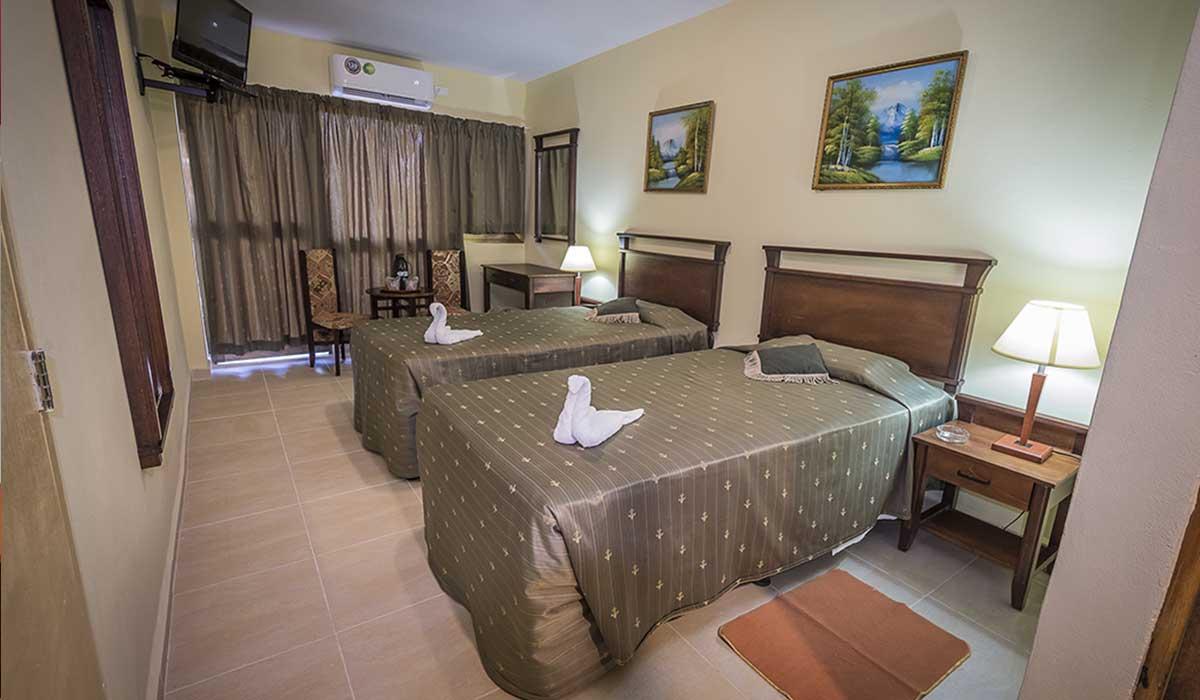 Hotel Pinar del Rio - Room
