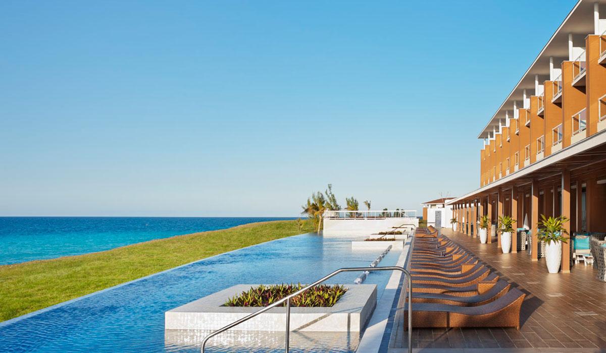 Hotel Ocean Vista Azul - Pool