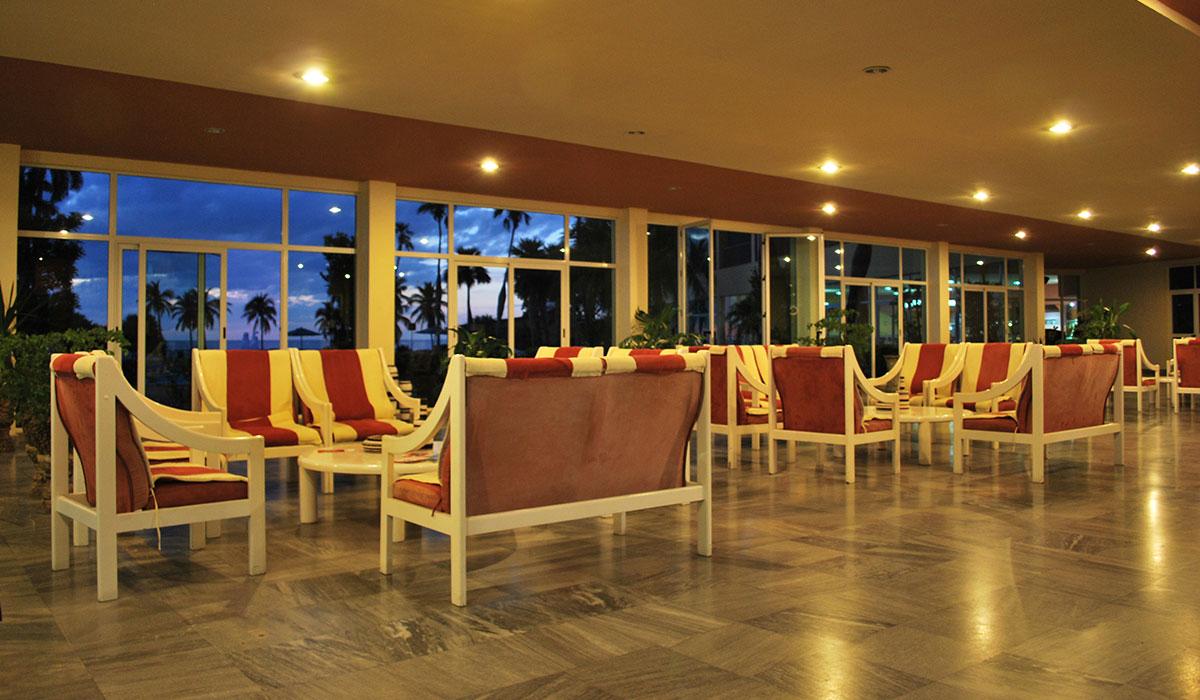 Hotel Colony - Lobby