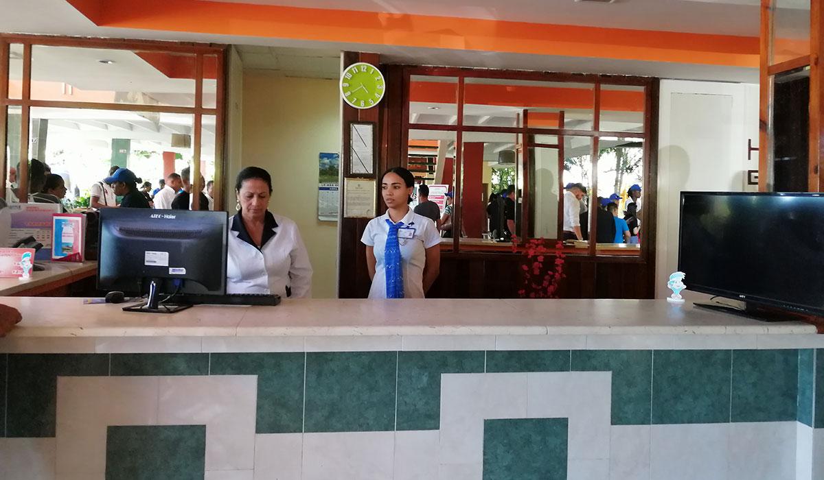 Hotel Guantánamo - Recepción
