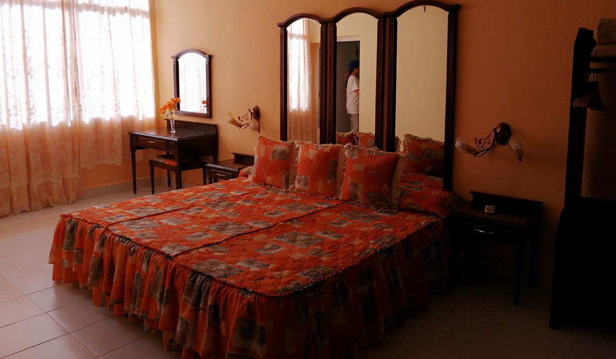 Hotel Guantánamo - Habitación