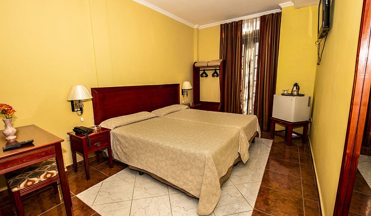 Hotel Martí - Room