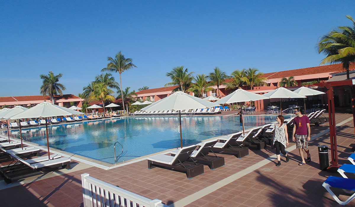 Hotel Club Arenal - Pool