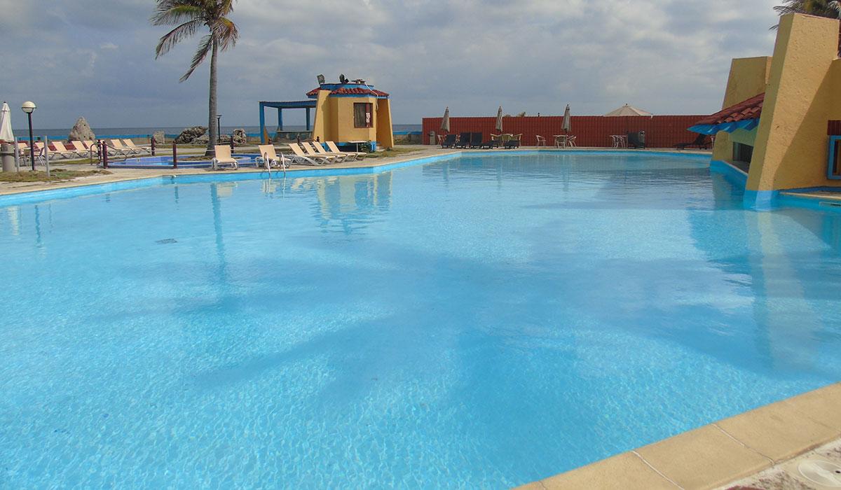 Hotel El Viejo y el Mar - piscina