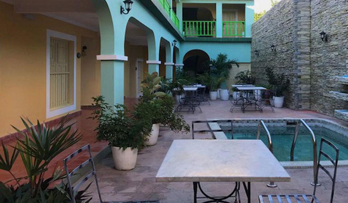 Hotel Encanto La Calesa - Pool